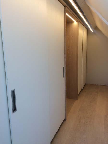 332_inloop-kledingkast-op-maat_eiken-wit_04.jpg
